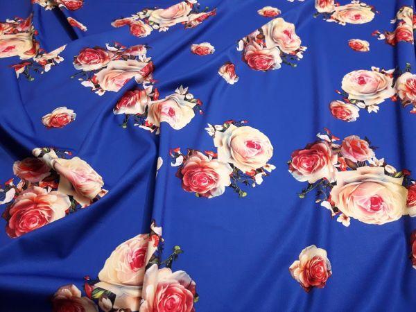 Трикотаж мис Мария розы фон синий электрик