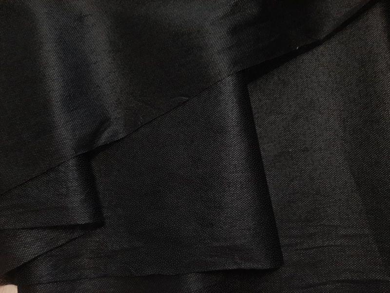 Флизелин клеевой цвет чёрный