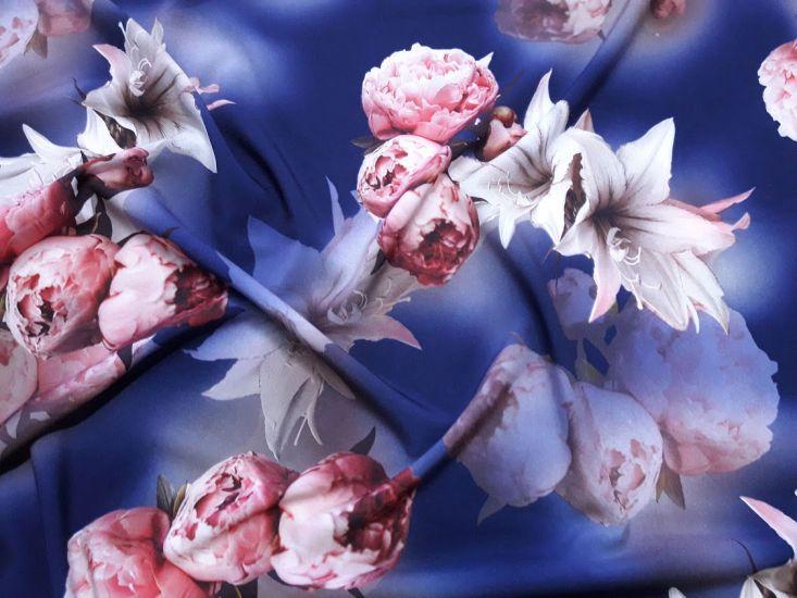 Шифон софт принт лилии пионы фон синий