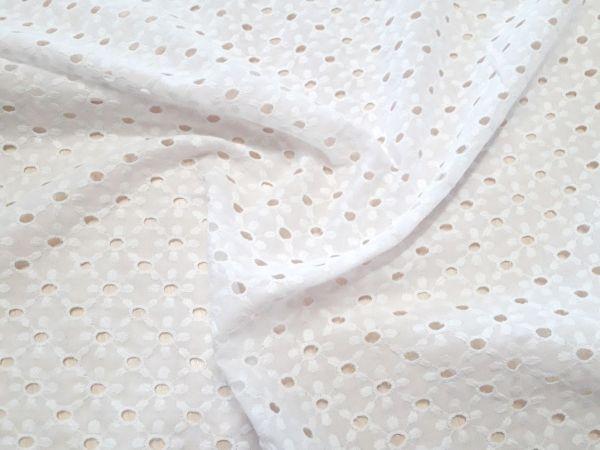 Батист вышитый (прошва) дизайн 3-1 цвет белый